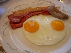 Breakfast2_bacon_eggs